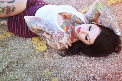 Fotos de mulheres tatuadas (5)