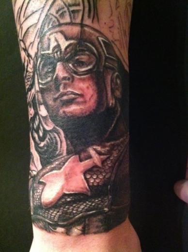 Tatuagens do Capitão América (2)