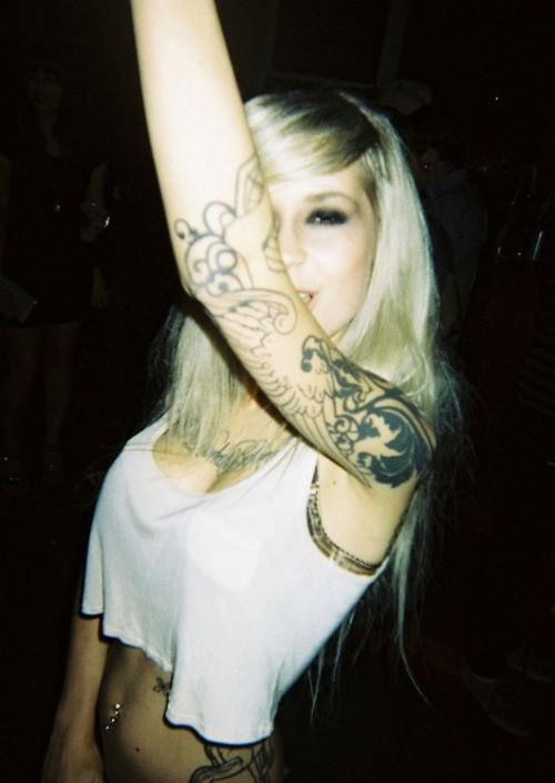 Loiras tatuadas (41)