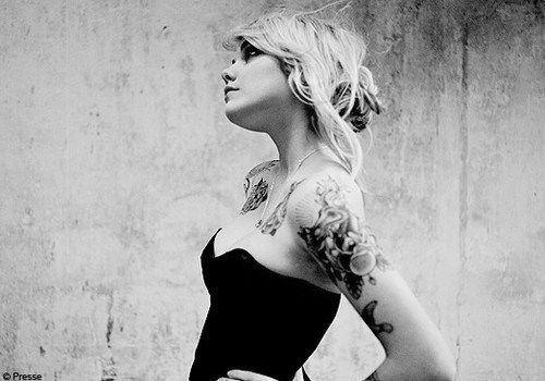 Loiras tatuadas (24)