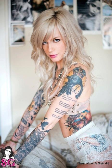 Loiras tatuadas (22)