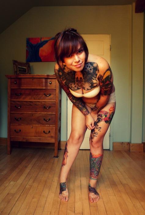 Fotos de garotas tatuadas (17)
