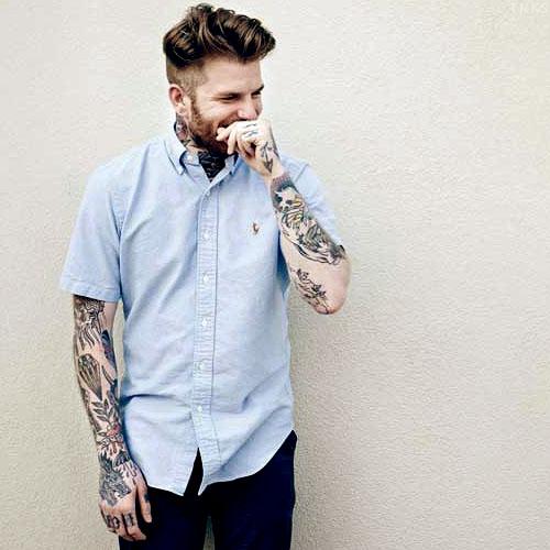 Homens tatuados e modificados (28)