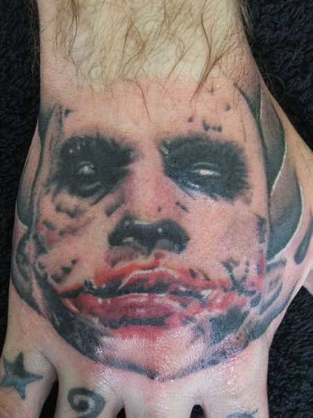 Tatuagens do Coringa do Batman (7)
