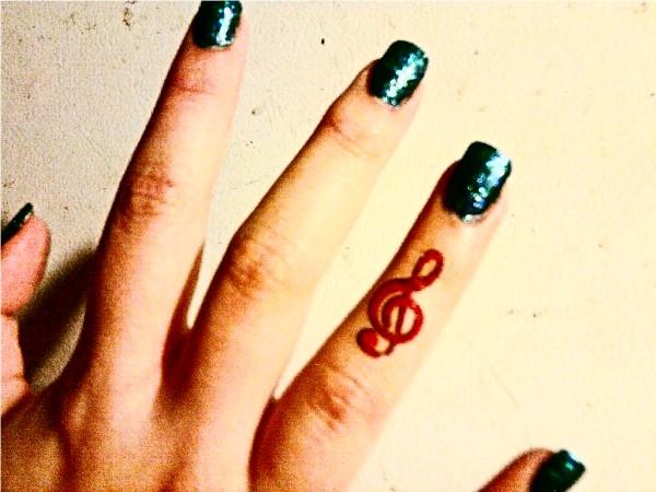 Tatuagens com o tema música (66)
