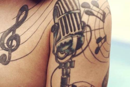 Tatuagens com o tema música (64)