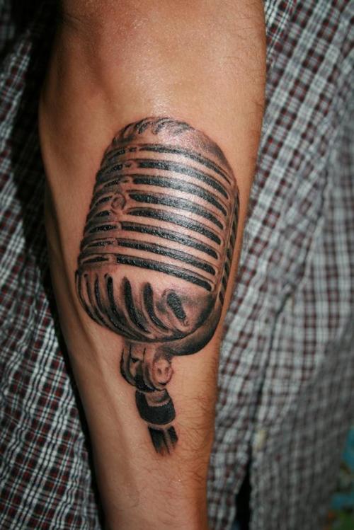 Tatuagens com o tema música (47)