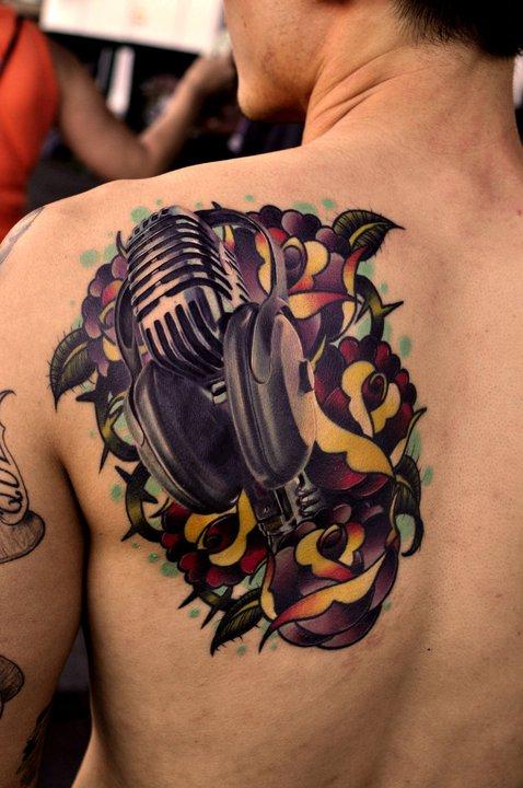 Tatuagens com o tema música (37)