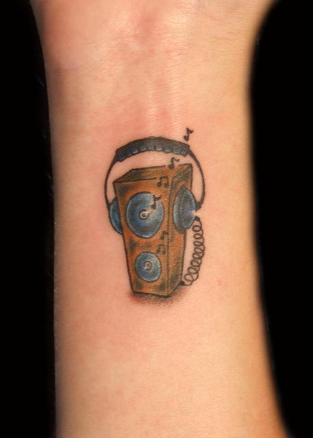 Tatuagens com o tema música (18)