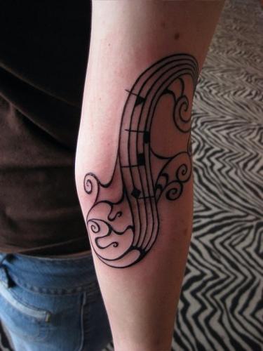 Tatuagens com o tema música (16)