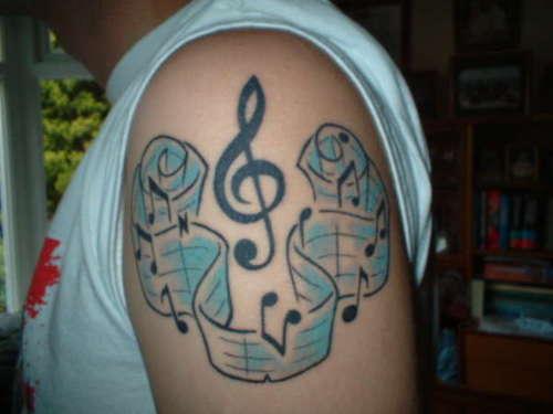 Tatuagens com o tema música (8)