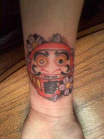 Tatuagens de bonecos de Daruma (58)
