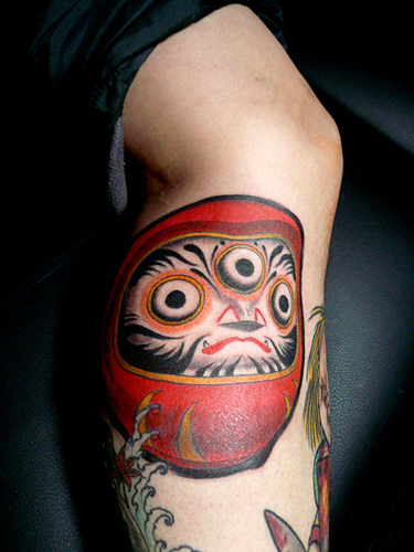 Tatuagens de bonecos de Daruma (51)
