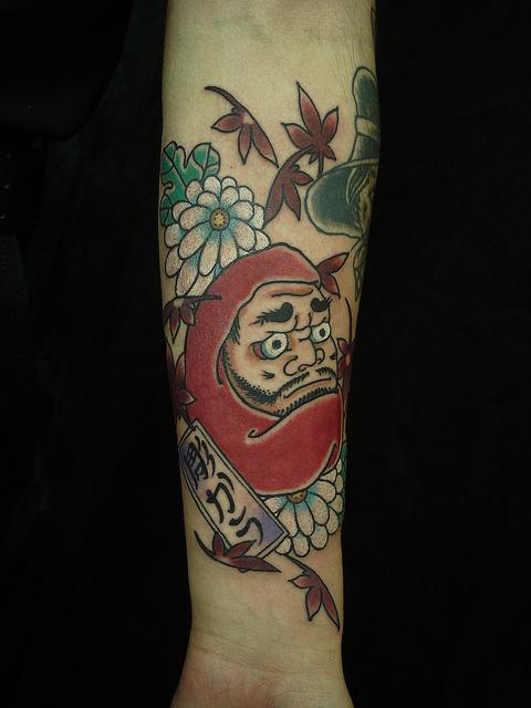 Tatuagens de bonecos de Daruma (48)