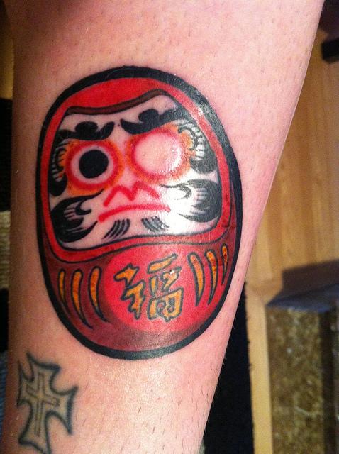 Tatuagens de bonecos de Daruma (47)