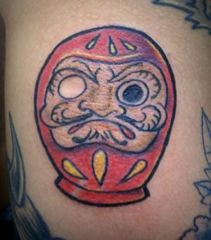 Tatuagens de bonecos de Daruma (28)