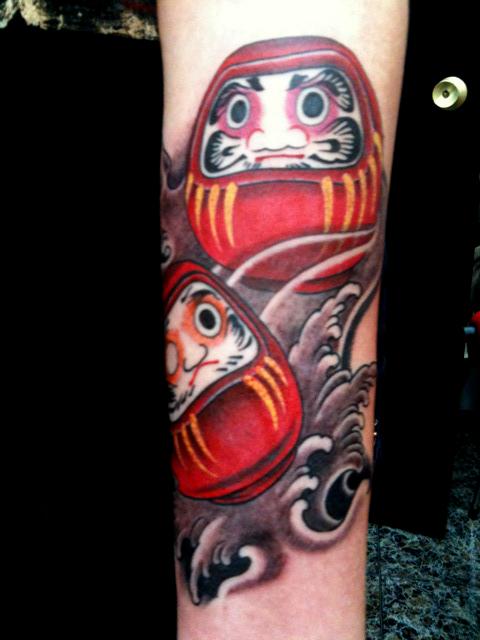 Tatuagens de bonecos de Daruma (9)