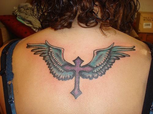 Tatuagens de cruzes e símbolos cristãos (57)