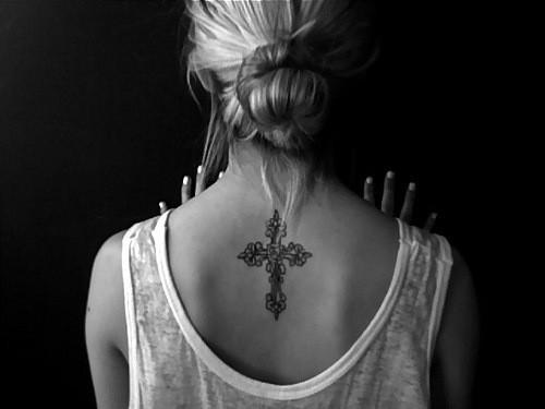 Tatuagens de cruzes e símbolos cristãos (55)