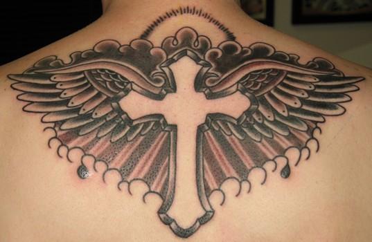 Tatuagens de cruzes e símbolos cristãos (48)