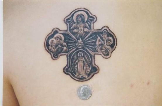 Tatuagens de cruzes e símbolos cristãos (46)