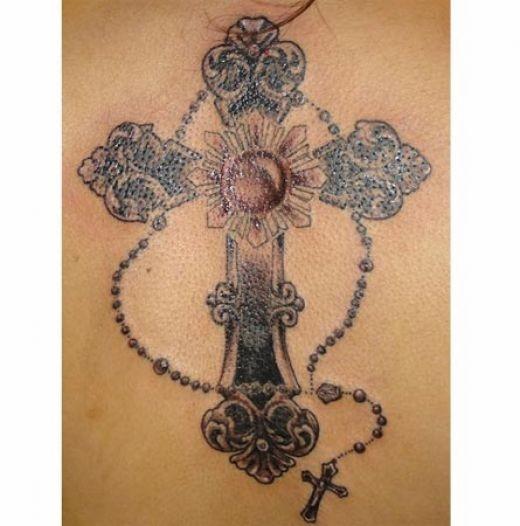 Tatuagens de cruzes e símbolos cristãos (40)