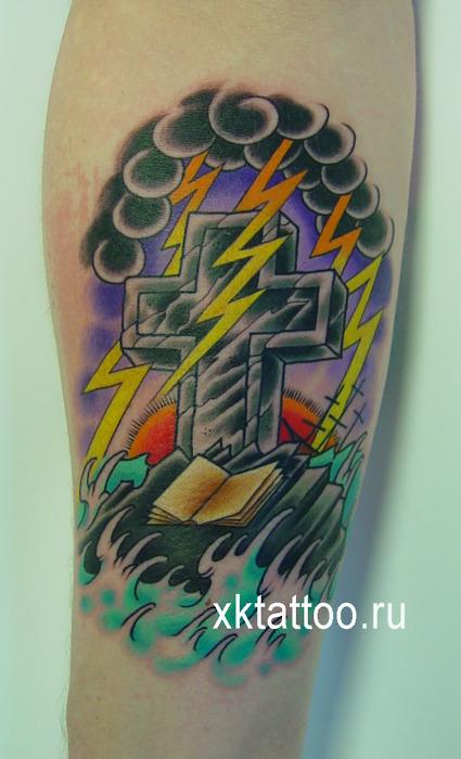 Tatuagens de cruzes e símbolos cristãos (11)