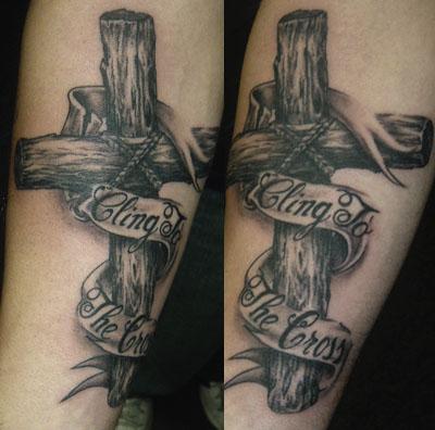 Tatuagens de cruzes e símbolos cristãos (10)