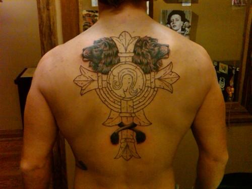 Tatuagens de cruzes e símbolos cristãos (7)