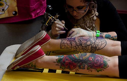 Fotos de pessoas tatuadas para se insipirar (50)