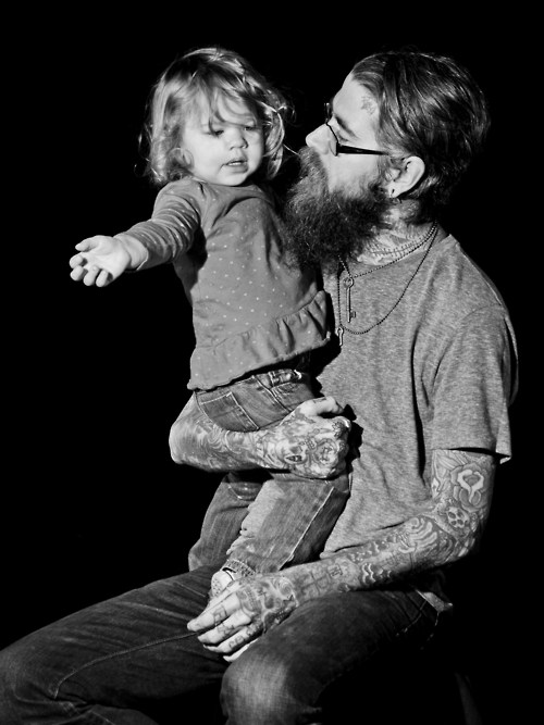 Papais e Mamães Tatuados com seus filhos (65)