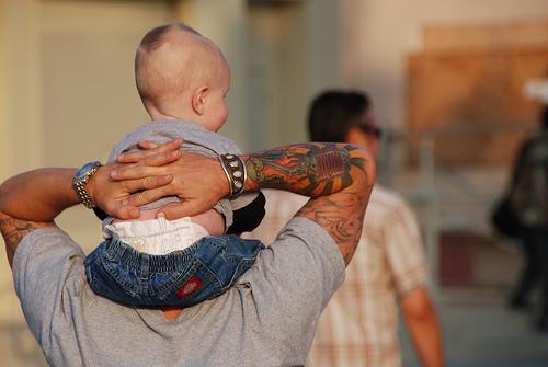 Papais e Mamães Tatuados com seus filhos (57)