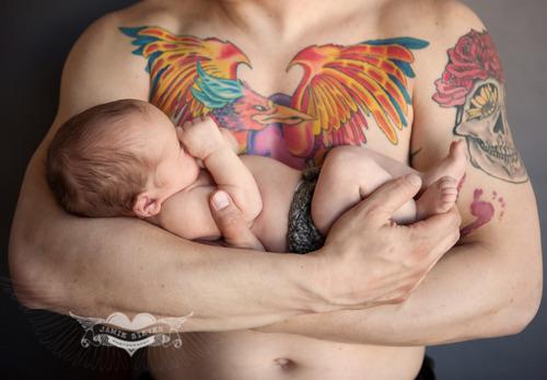 Papais e Mamães Tatuados com seus filhos (55)
