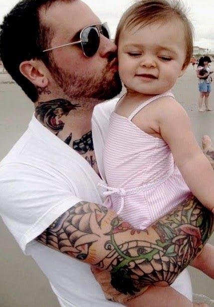 Papais e Mamães Tatuados com seus filhos (38)