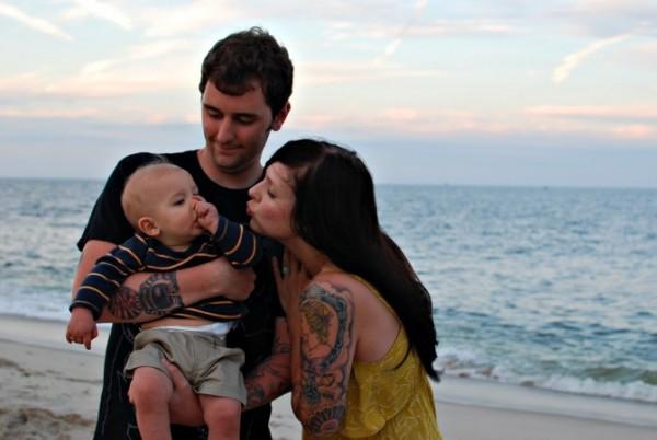 Papais e Mamães Tatuados com seus filhos (22)