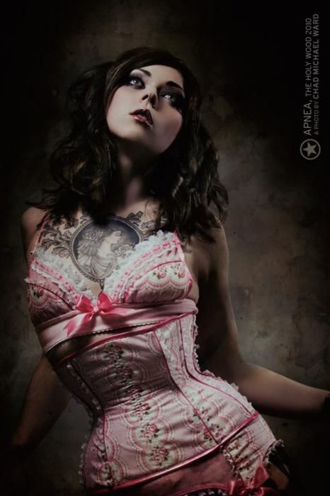 Tattooed Girls (28)