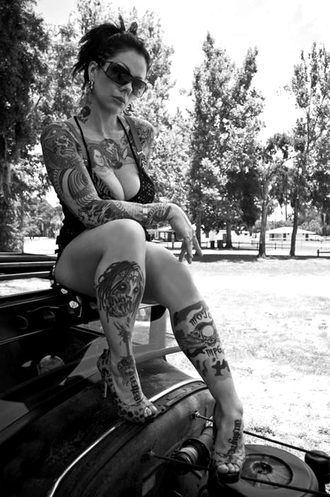 Tattooed Girls (21)