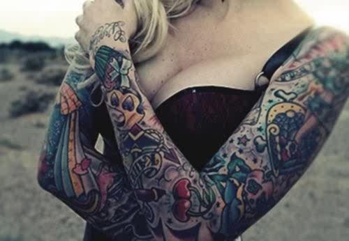 Tattooed Girls (18)