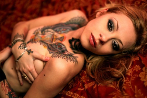 Tattooed Girls (2)