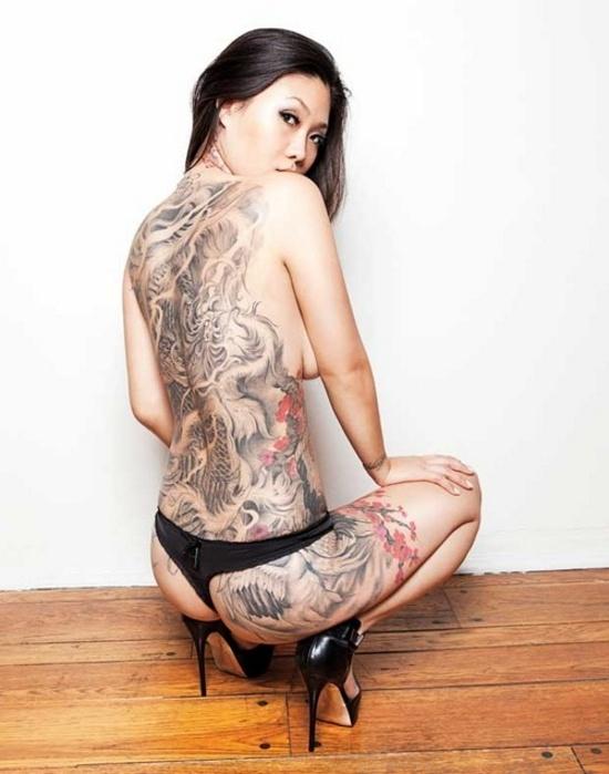 Fotos de lindas mulheres tatuadas (67)
