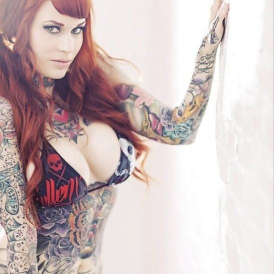 Fotos de lindas mulheres tatuadas (58)