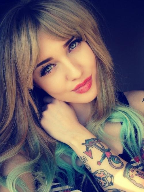 Fotos de lindas mulheres tatuadas (51)