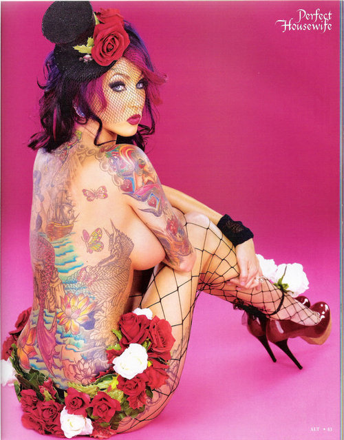 Fotos de lindas mulheres tatuadas (43)