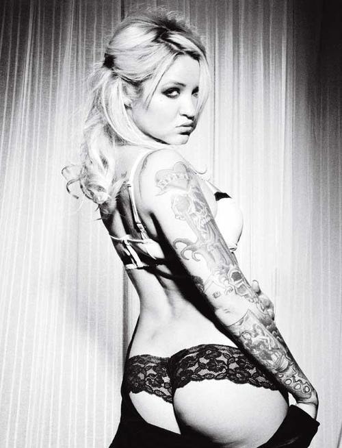 Fotos de lindas mulheres tatuadas (40)