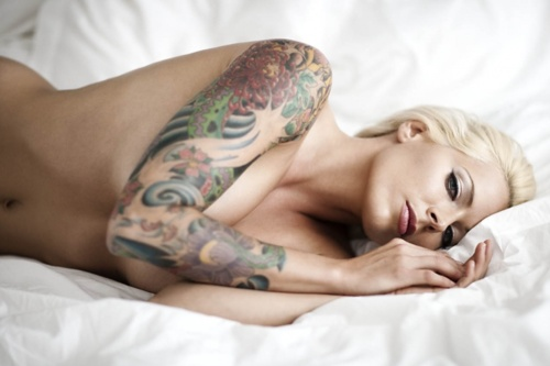 Fotos de lindas mulheres tatuadas (36)