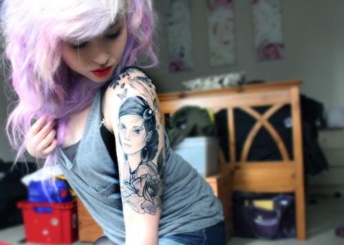 Fotos de lindas mulheres tatuadas (24)