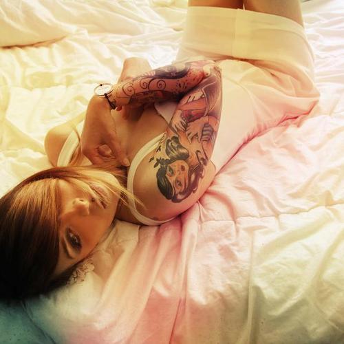 Fotos de lindas mulheres tatuadas (15)