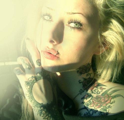 Fotos de lindas mulheres tatuadas (7)