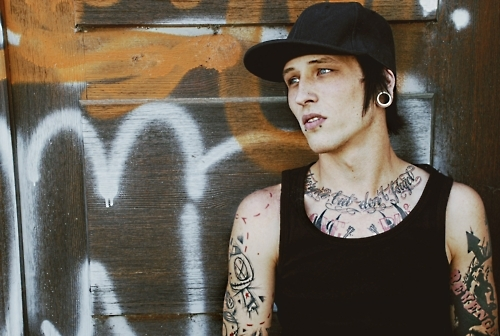 Tattooed Guys (33)