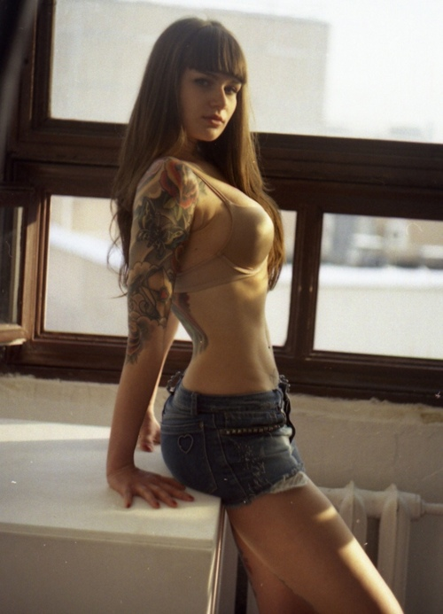 Tattooed Girls (17)